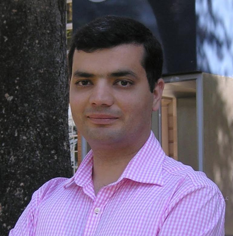 Dr. Mehdi Amirkhani